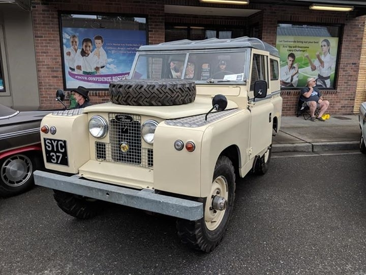 Dennis Hayer - 1964 Land Rover Series IIA (SWB)