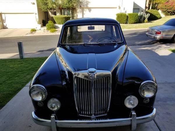 1959 MG Magnette ZB - Ken Nashif