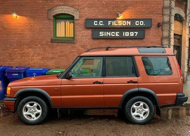 2000 Land Rover Discovery II - Chris Seigler